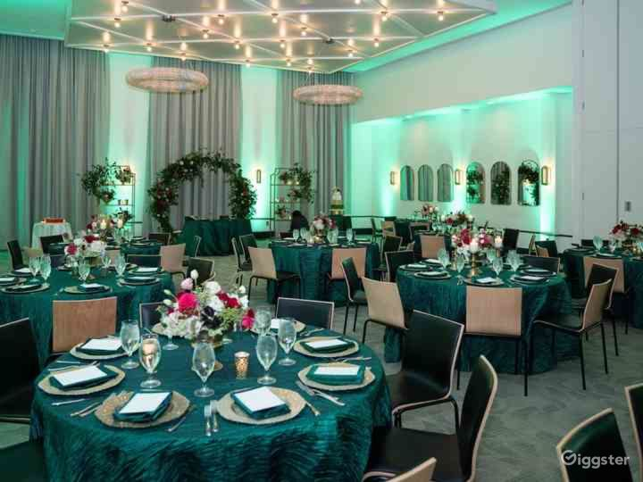 Luxury Ballroom Hotel Venue in Memphis Photo 5