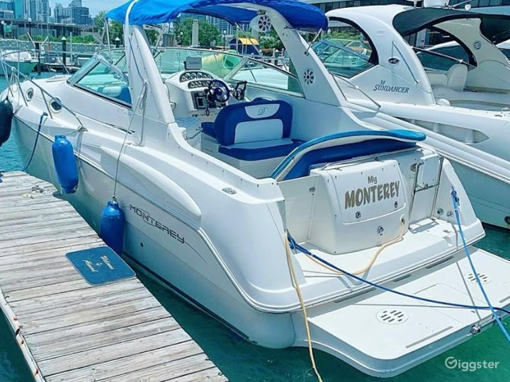 Wide and Enchanting 36ft Monterrey Party Boat Space Events  Photo 4