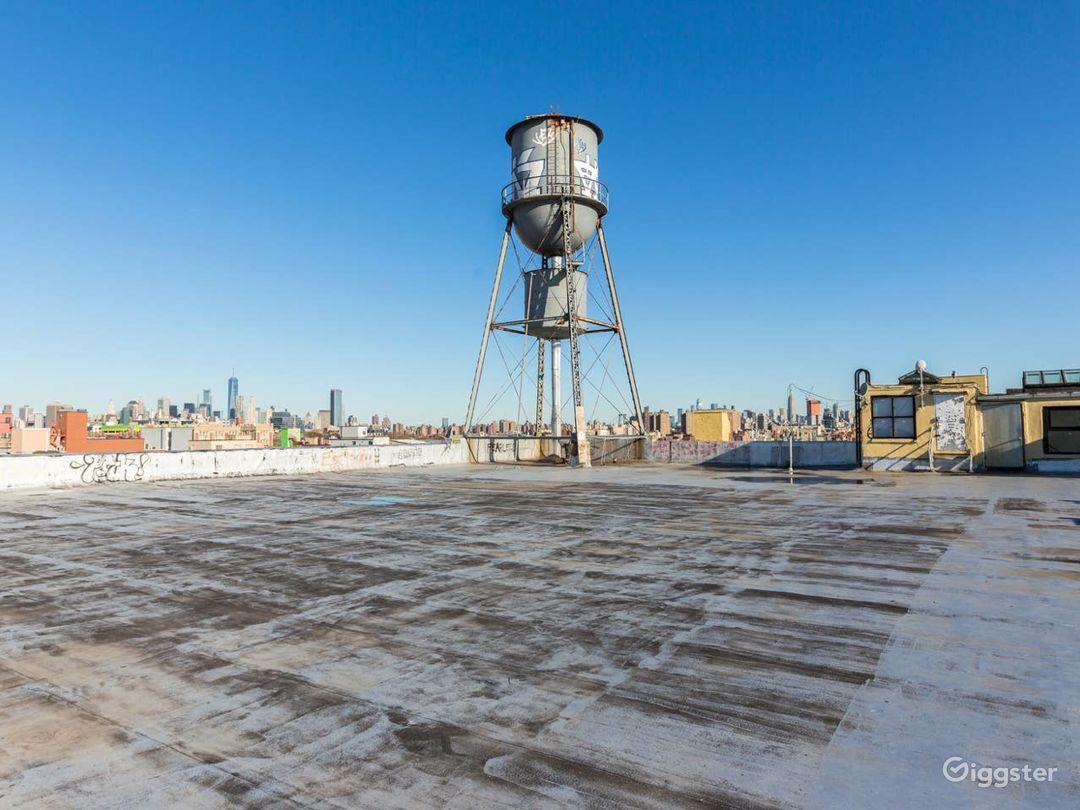 Brooklyn Loft: Bright Lighting & Factory Windows Photo 3