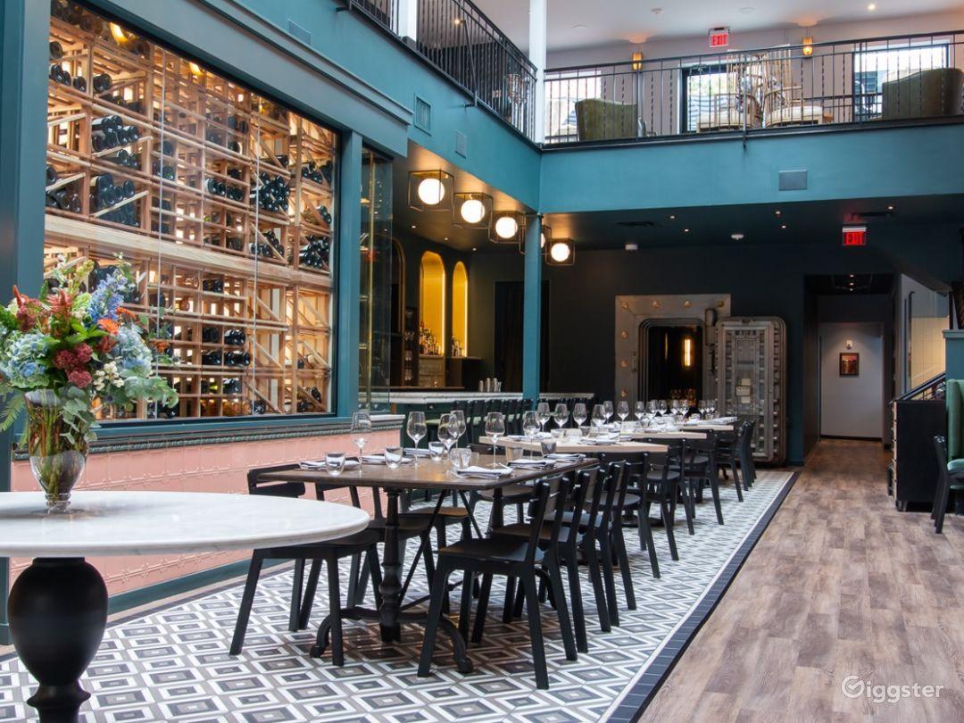 Main Dining & Bar in Cincinnati  Photo 1