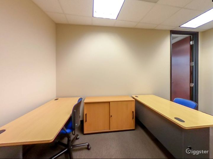 Spacious and Relaxing Office in Charlotte Photo 5