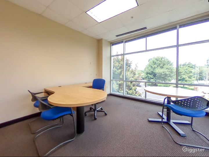 Spacious and Relaxing Office in Charlotte