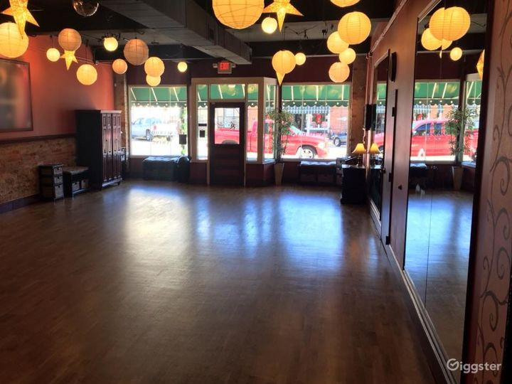 Spacious, Beautiful Lower-Level Multi-Purpose Events Space in Matthews Photo 3