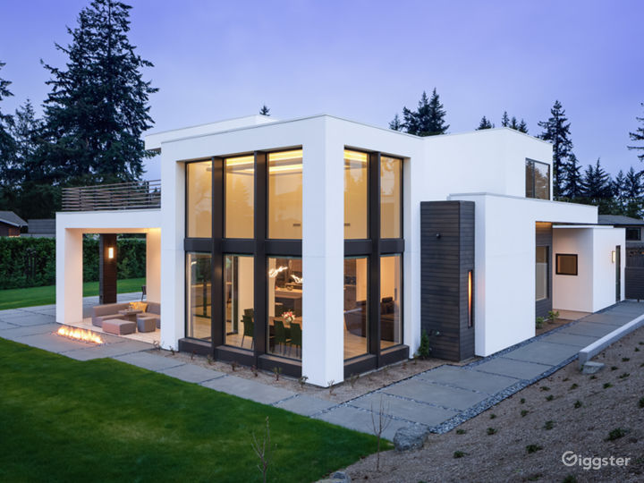 Clyde Hill Modern Contemporary House  Photo 4