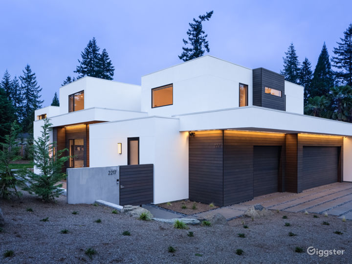 Clyde Hill Modern Contemporary House  Photo 3