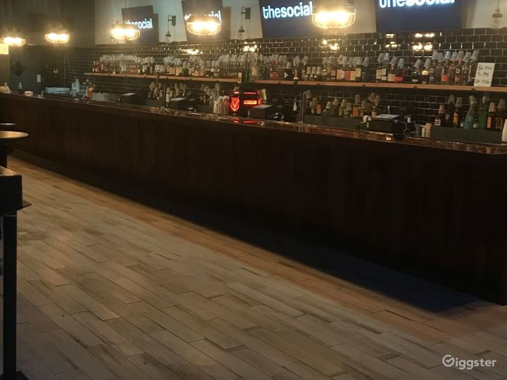 Dance & Stage Bar in Orlando Photo 4