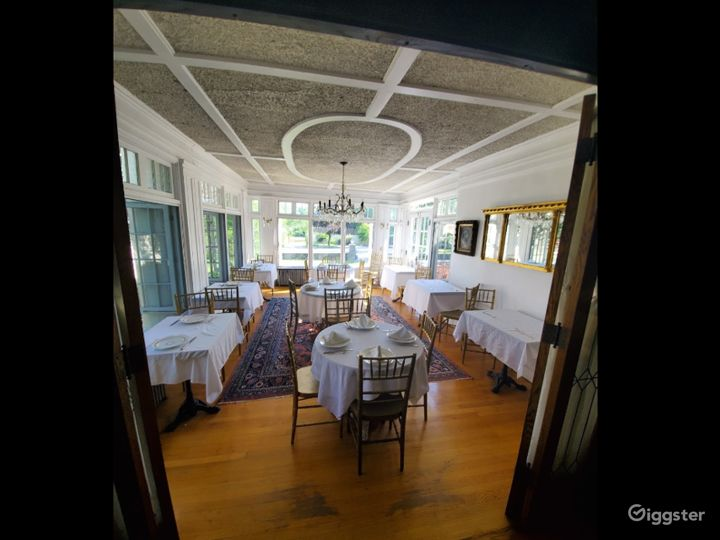 Cozy and Warm Private Dining Space in Providence Photo 4