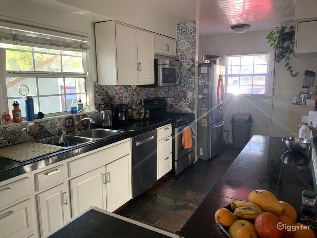 Eclectic, comfy home with exotic touches  Photo 5