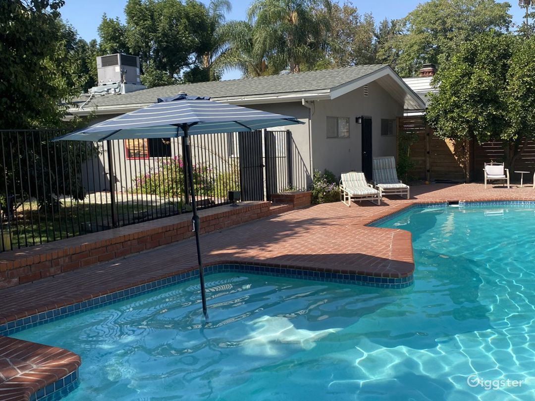 Large Ranch-Style Home with Garden and Pool Photo 1