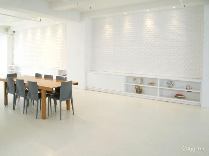 Center Dining Area