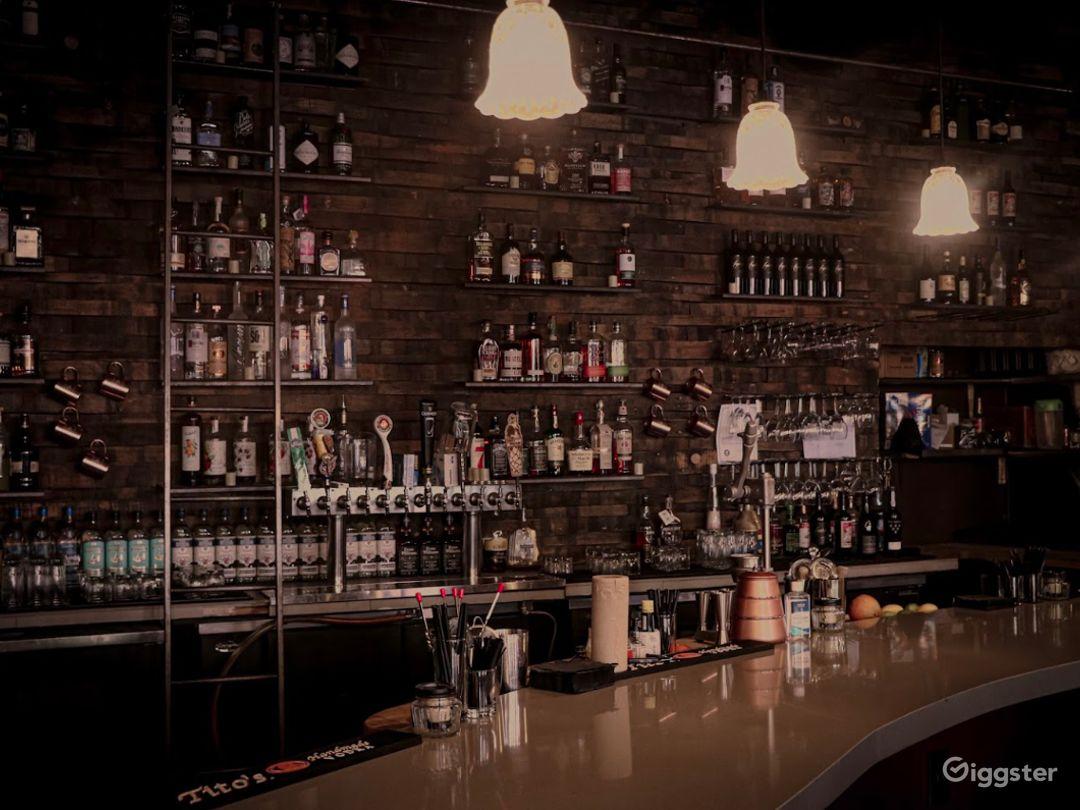 Classic Downtown Bar in Reno Photo 1