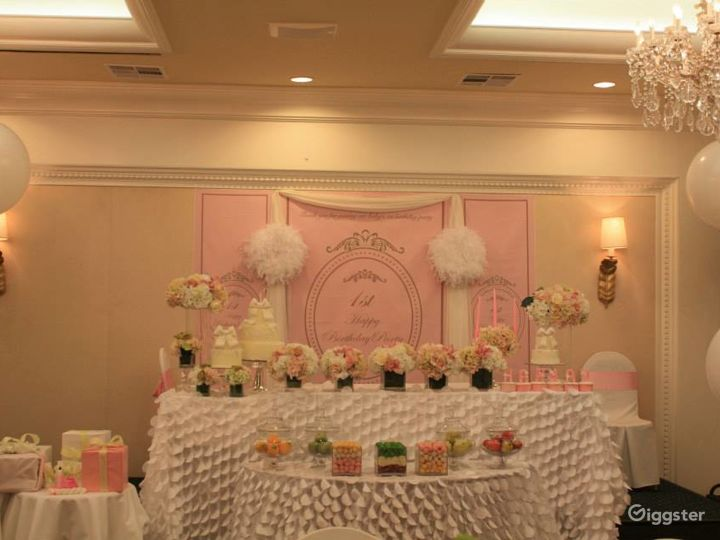 Vibrant Banquet Hall  Photo 3
