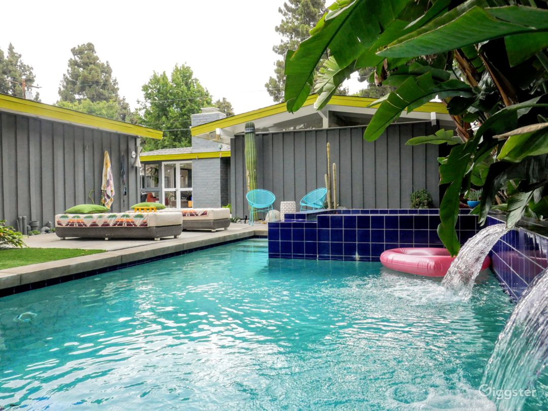 Desert-Tropical Mid-century Rancho with Pool Photo 1