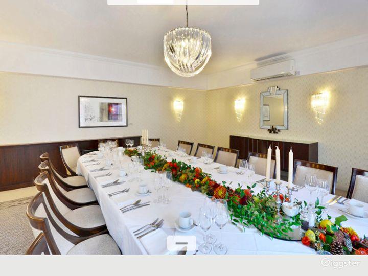 Generous Findlay Room in London Photo 2