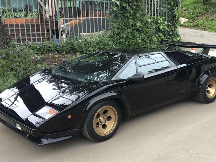 Black Lamborghini Countach Photo 3
