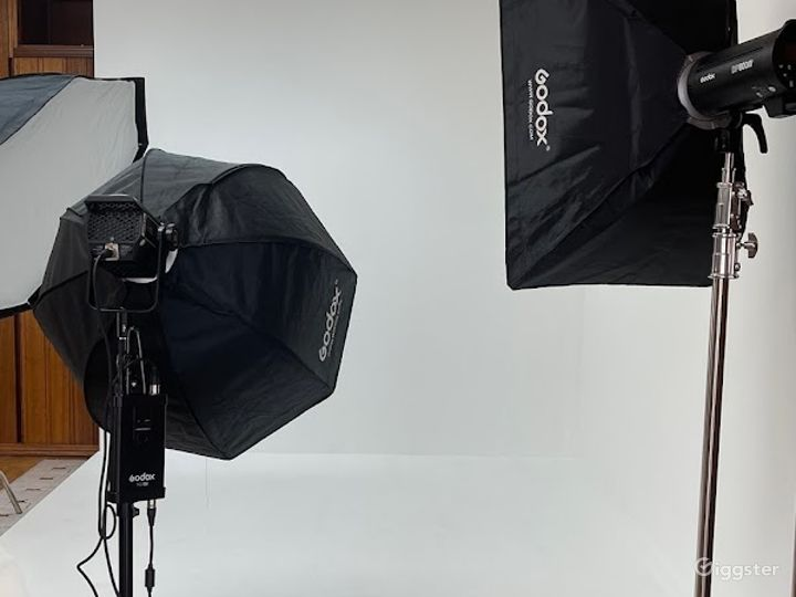 Equipped Photography and Film Studio in Long Beach Photo 5
