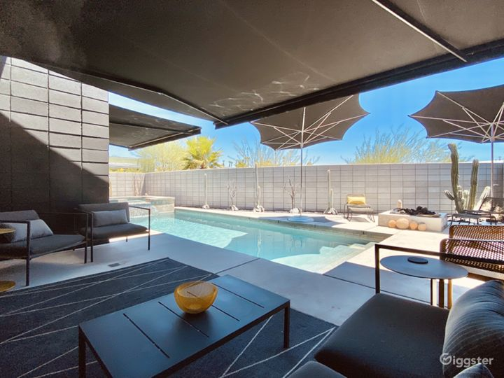 Casa Black / Uniquely Modern Palm Springs Home Photo 2