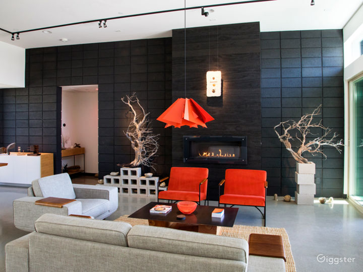 Casa Black / Uniquely Modern Palm Springs Home Photo 4