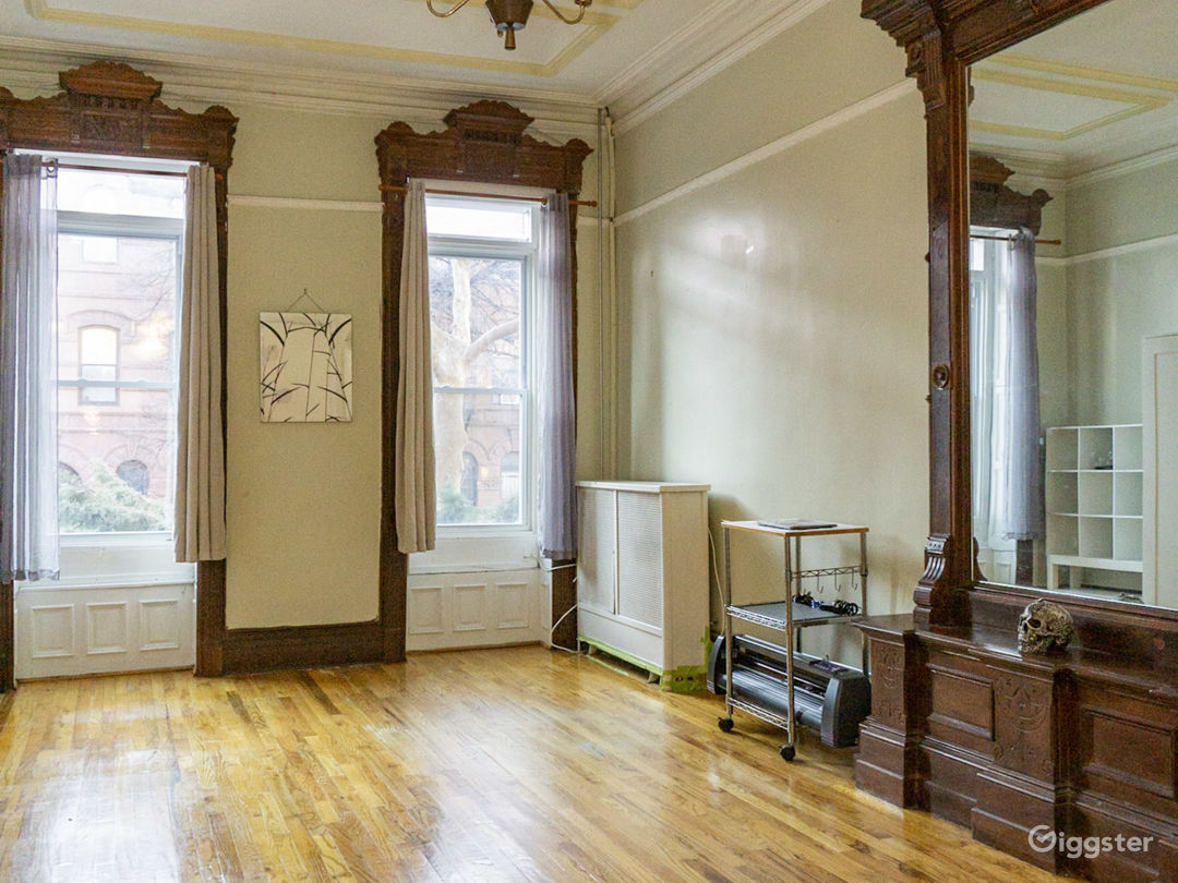 Brownstone Loft Space with lots of natural light. Photo 1