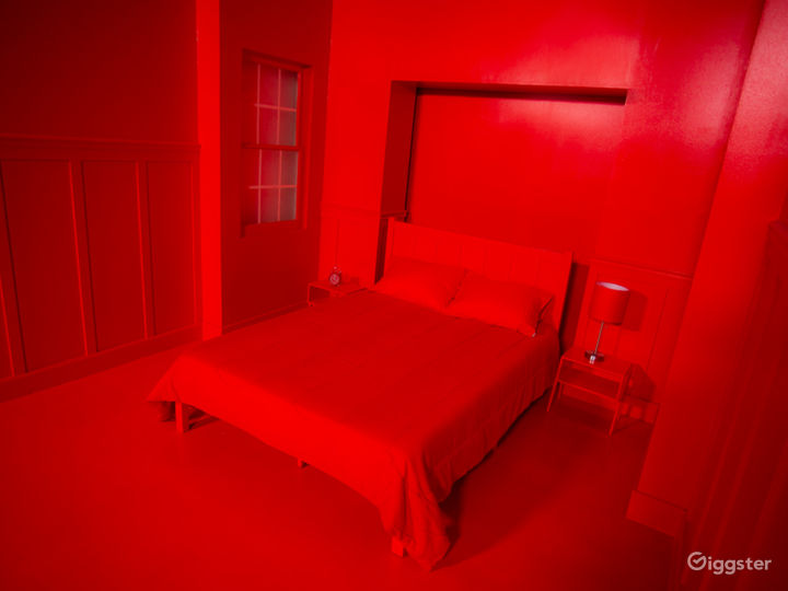 Music Video Red Bedroom Cube | CreatorLA Photo 4