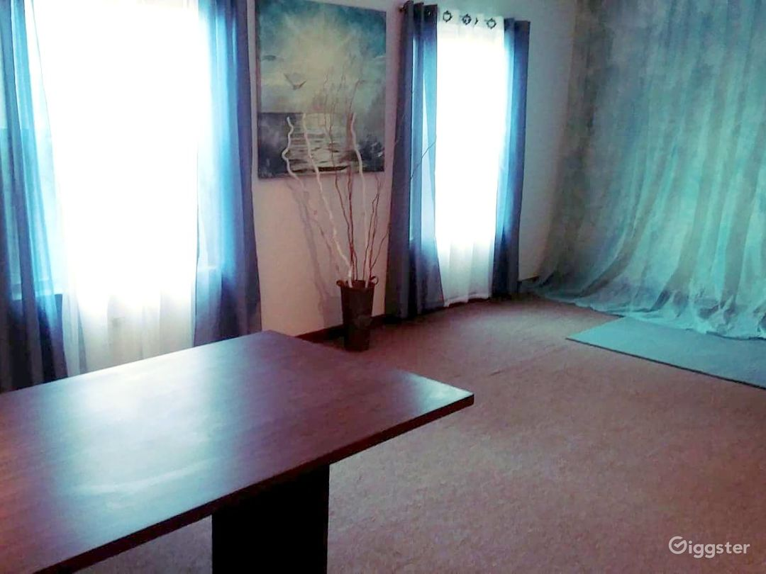 The Sky Blue Room F  This gem of a space is affordable, versatile, and conveniently located just 20 minutes outside of Metro-Detroit in Farmington Hills, MI. This space is excellent for events, meetings, photography, office functions, business meetings, vi