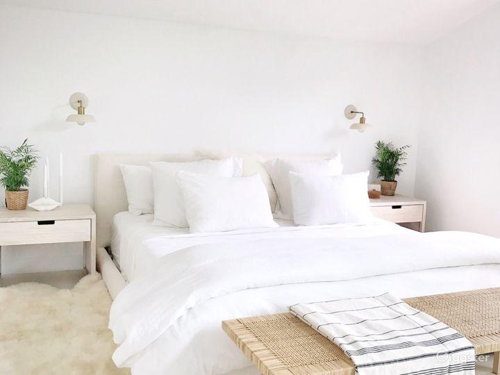 Master Bedroom, 2nd Flr. Super bright.