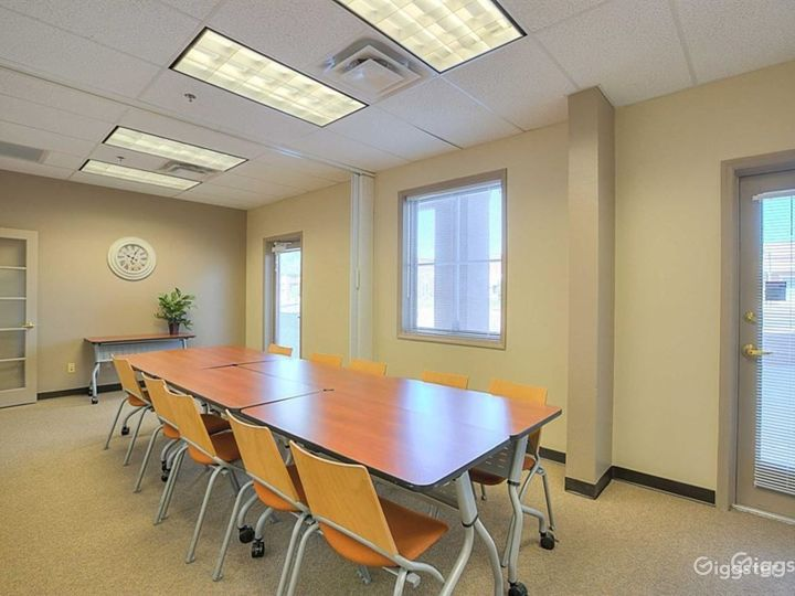 Well-kept Conference Room in Albuquerque