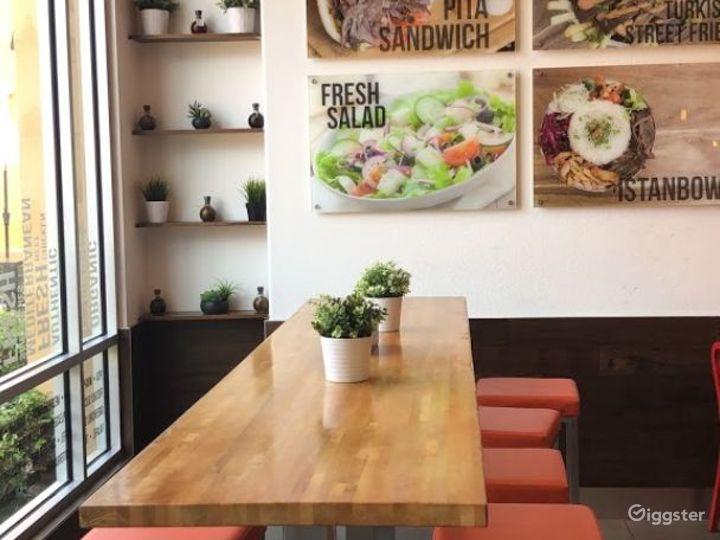 Fabulous Restaurant in Santa Ana Photo 2