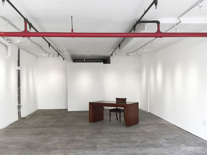 A Delightful Broome St Gallery Photo 3