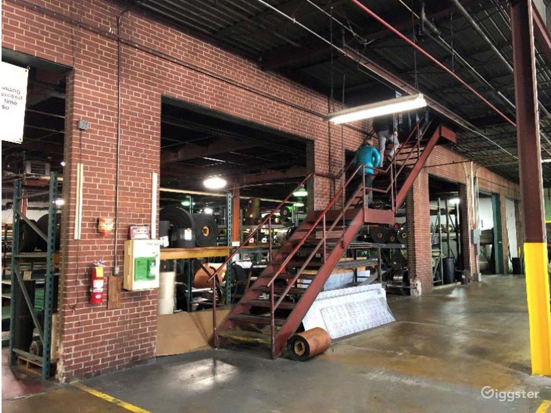 Empty Warehouse off the Beltline Photo 5