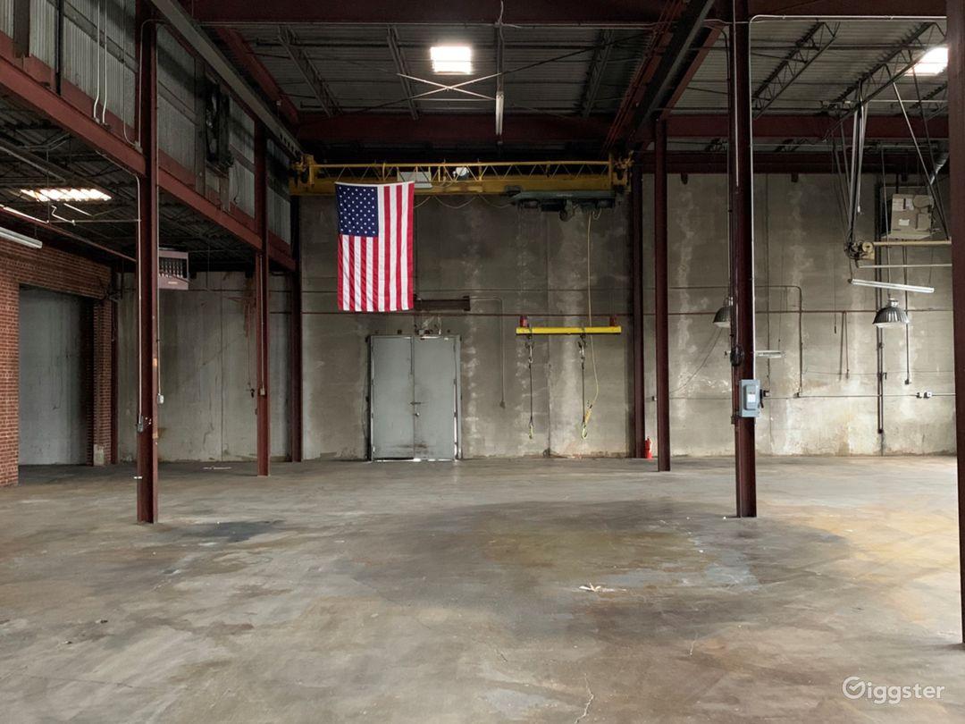 Empty Warehouse off the Beltline Photo 2