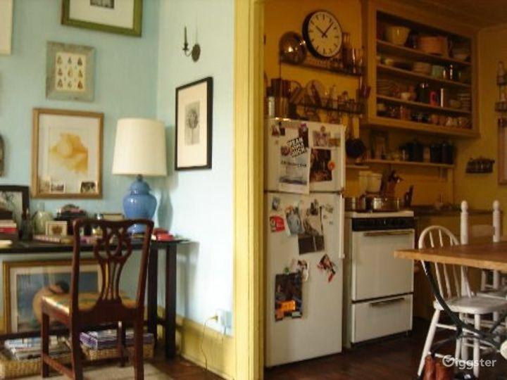 Boho NYC apartment: Location 4050 Photo 3