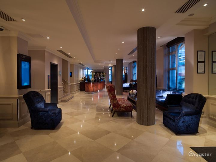 Polished Private Room 11 in Great Russell Street, London Photo 4