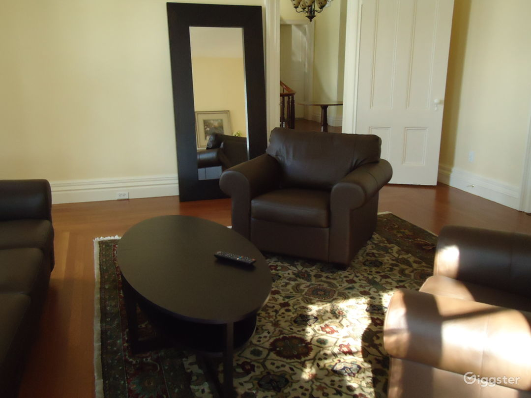 Dressing/Lounge area 2 (3 additional