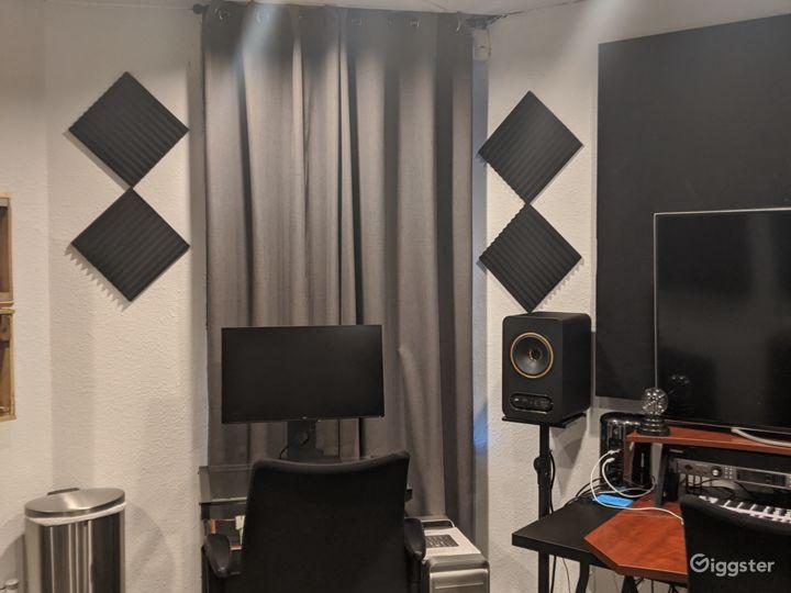 Major Artist Studio Photo 3