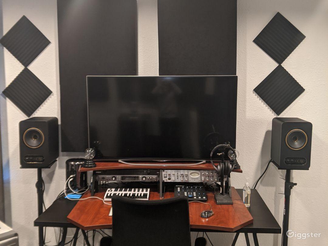 Major Artist Studio Photo 1