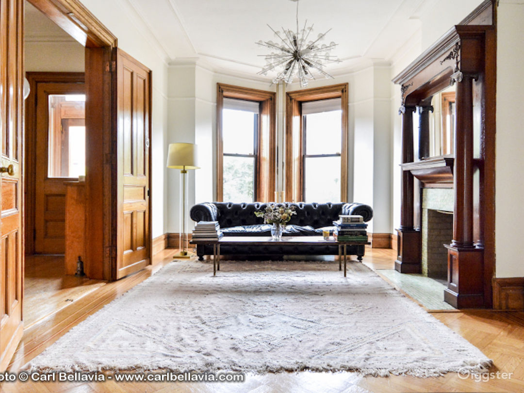 Immaculate Brooklyn Brownstone Photo 2