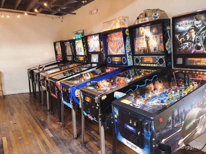 Vintage Arcade and Bar w/ Speakeasy Tiki Bar Photo 2