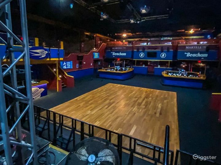 Outstanding Night Club Event space in Orlando Photo 4