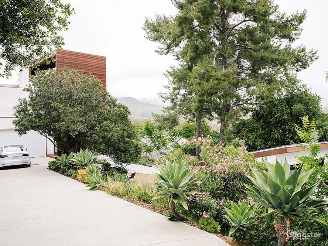 Malibu Farmhouse with Mountain Views Photo 5