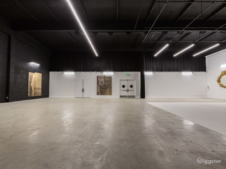 *LIMITED TIME OFFER* Burbank Film/Event Studio Photo 5