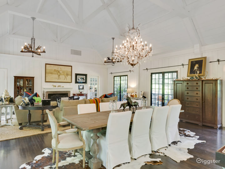 Eclectic Hamptons home: Location 5164 Photo 2