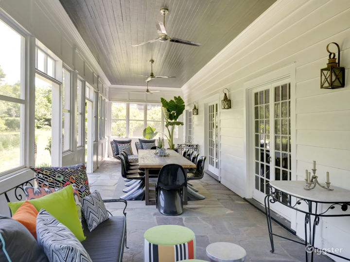 Eclectic Hamptons home: Location 5164 Photo 3