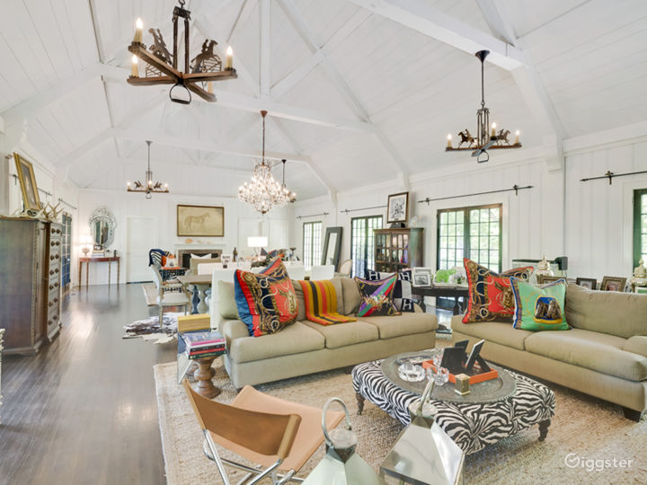 Eclectic Hamptons home: Location 5164
