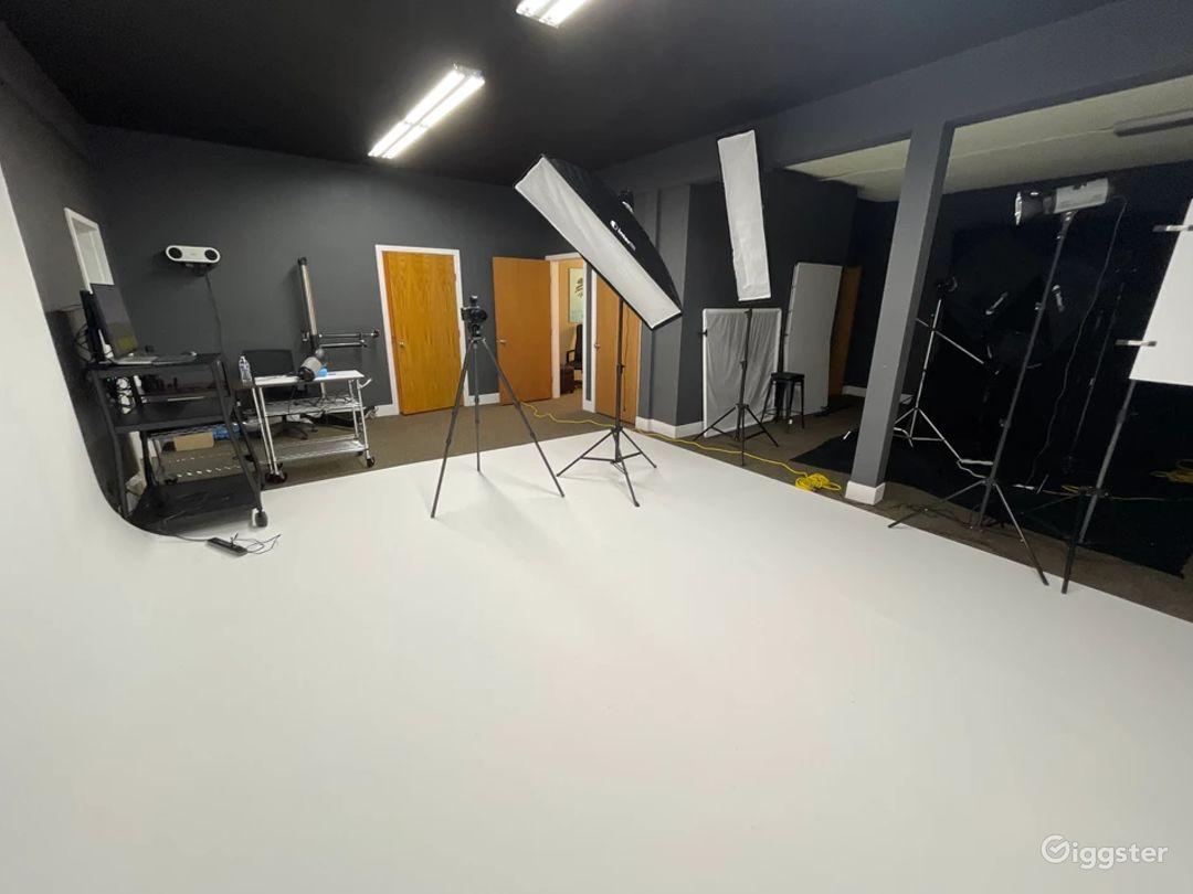 Photography & Videography Studio Photo 1