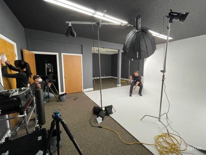 Photography & Videography Studio Photo 3
