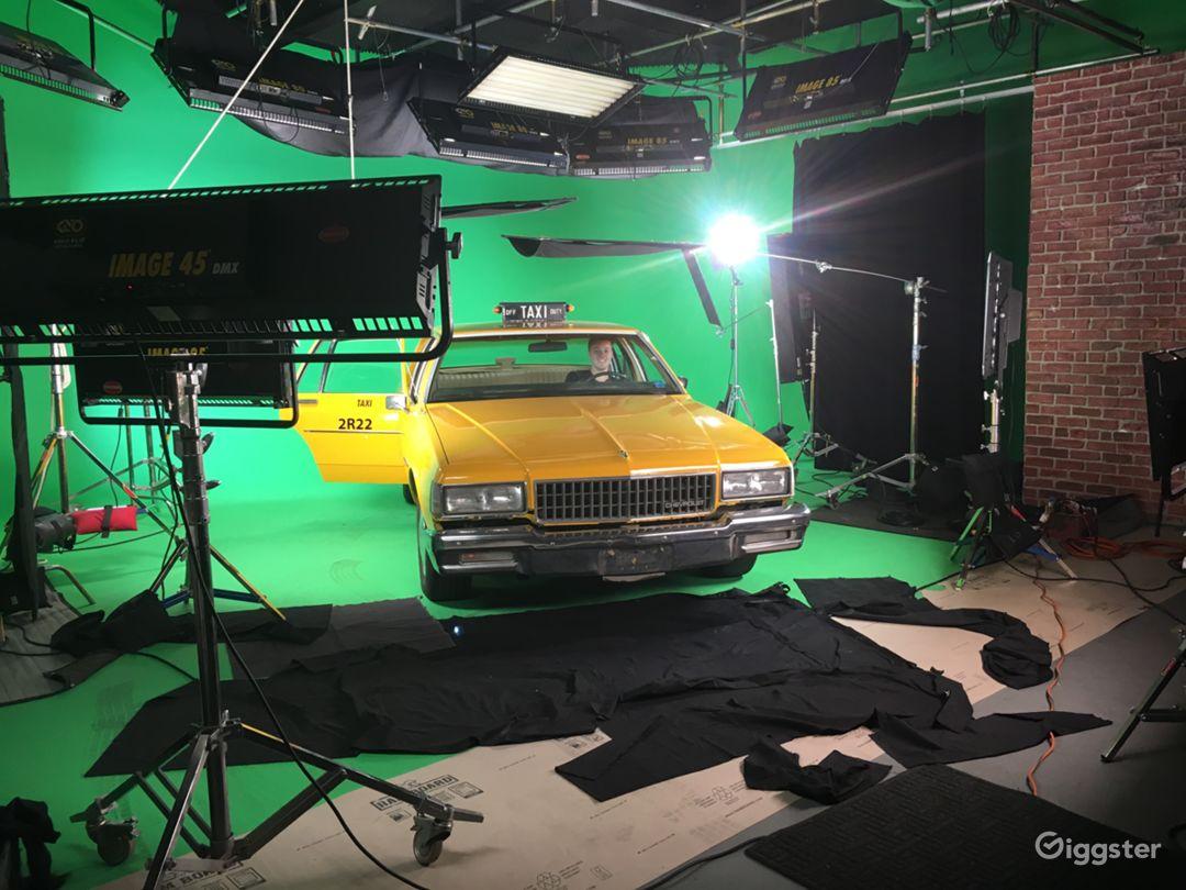 Turnkey Studio in LA Pre-lit Sound Stage & Cyc Photo 1