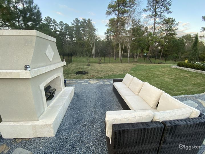Gas fireplace seating area