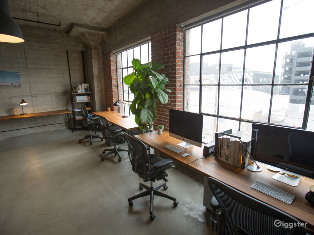 Creative Loft Office in Arts District Photo 3