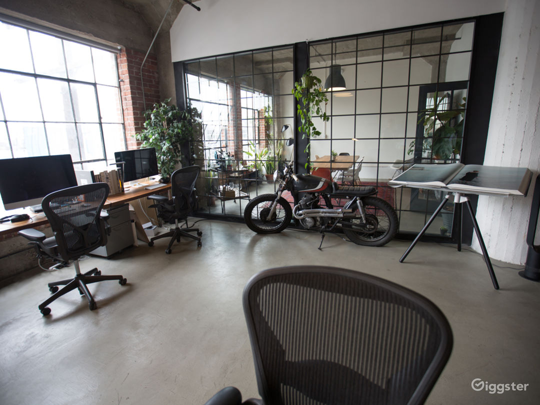Creative Loft Office in Arts District Photo 2